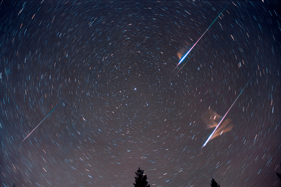 Star Trail durante las Cuadrántidas
