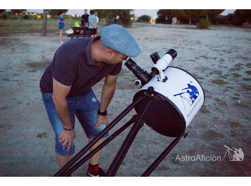 Buscamos monitores de astronomía (Madrid)