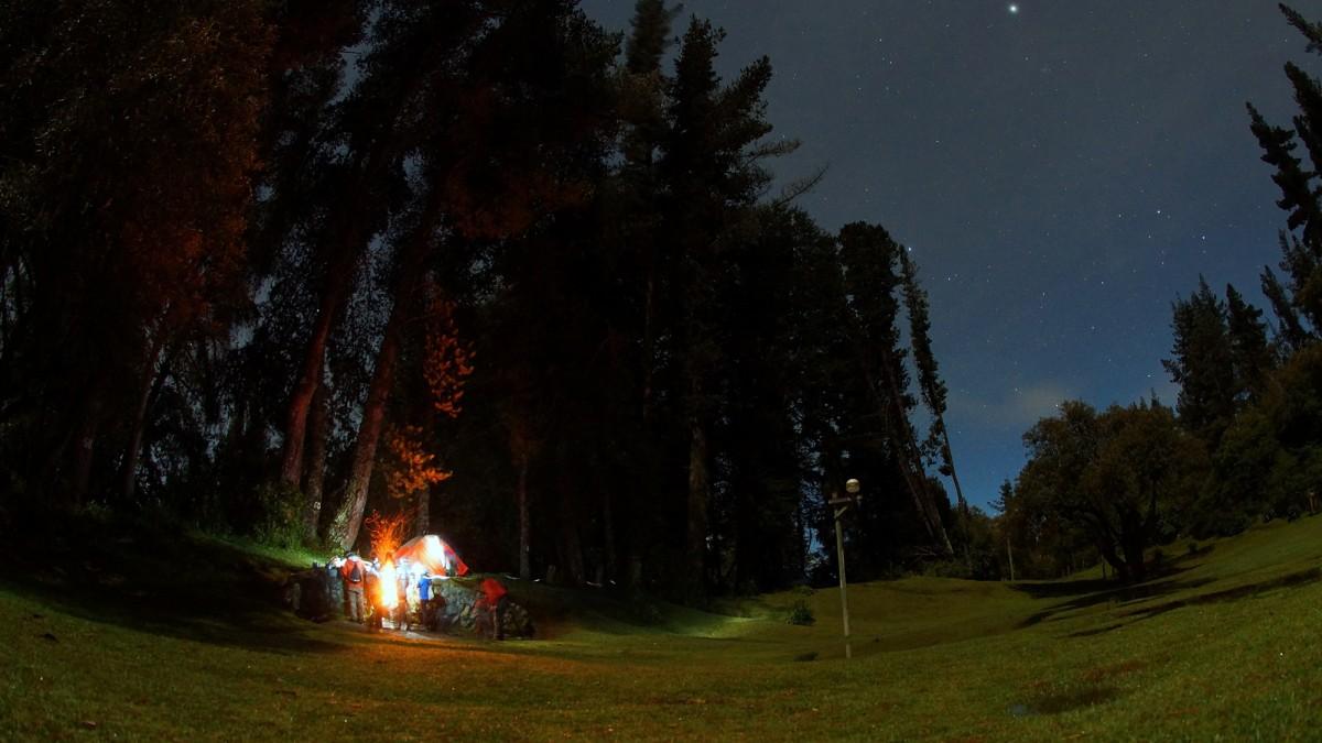 senderismo nocturno
