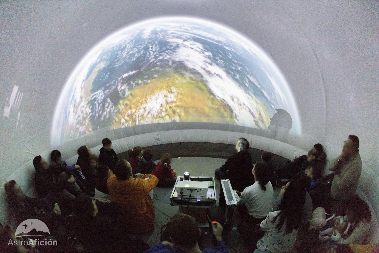 Planetario proyeccion fulldome