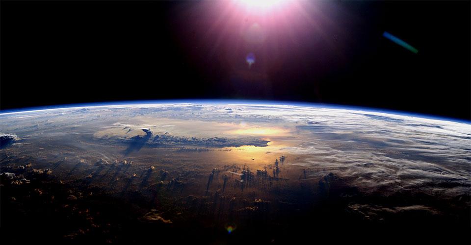 La Tierra no es redonda, pero tampoco plana